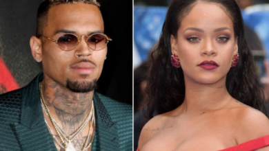 Photo of Fans React To Rihanna Sharing A Video Playing Chris Brown's Song